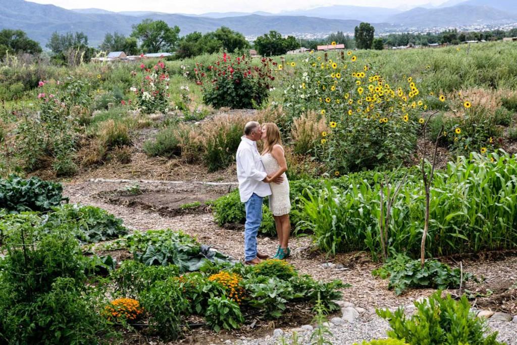 spiritaos-garden-couple
