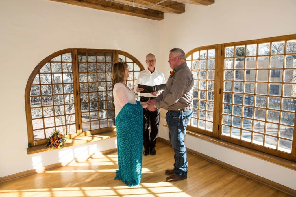 Hiring a wedding officiant to conduct even the simplest of weddings is a good idea.