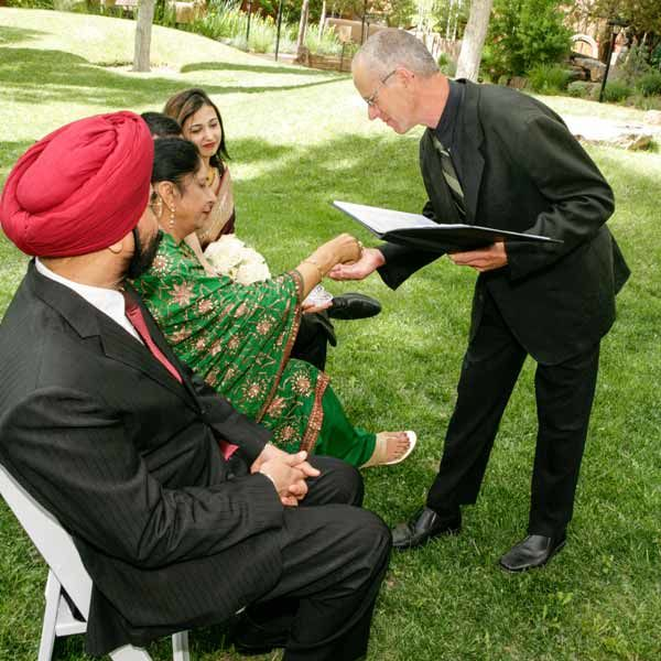 taos hindu personals Wsj online coverage of breaking news and current headlines from the us and around the world top stories, photos, videos, detailed analysis and in-depth reporting.
