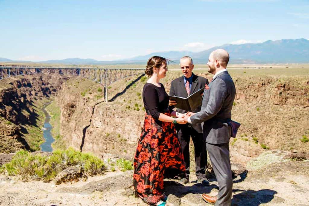 Enjoy the beauty of Taos when getting married